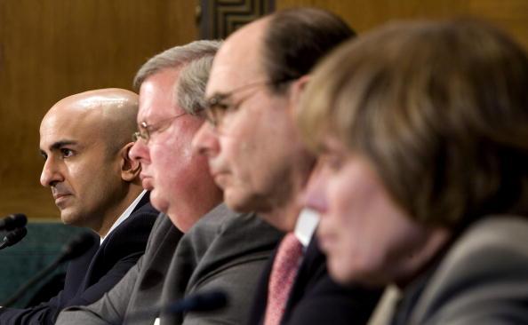 Joshua Roberts「Senate Holds Hearing On U.S. Credit Market Crisis」:写真・画像(16)[壁紙.com]