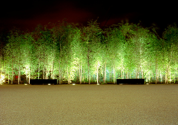 Lighting Equipment「Tate Modern landscaping, London, united Kingdom」:写真・画像(0)[壁紙.com]