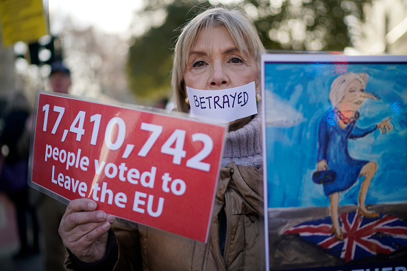 Protestor「UK Factions Rally As Brexit Vote Is Postponed」:写真・画像(9)[壁紙.com]