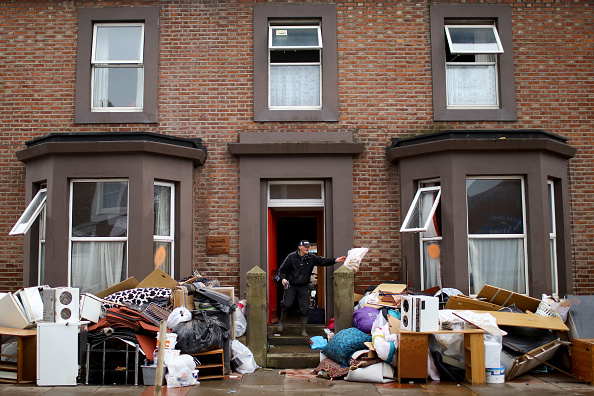 Belongings「Cumbria Counts The Cost Of Flood Damage As The Water Begins To Recede」:写真・画像(6)[壁紙.com]