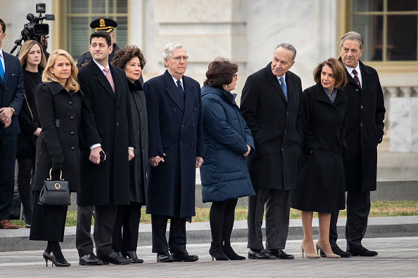 Funeral「President George H.W. Bush Lies In State At U.S. Capitol」:写真・画像(15)[壁紙.com]
