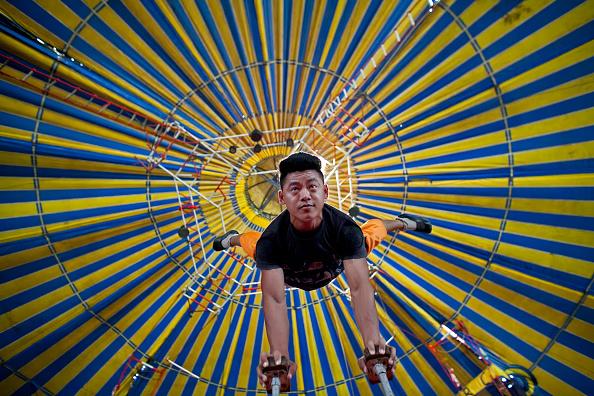 ヒューマンインタレスト「An Indian Circus」:写真・画像(17)[壁紙.com]