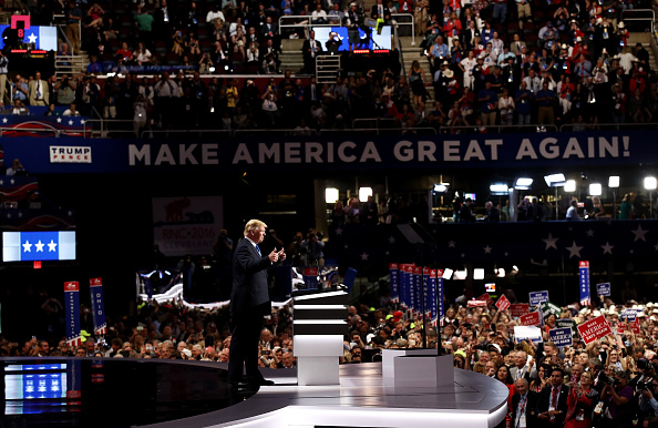 Win McNamee「Republican National Convention: Day One」:写真・画像(12)[壁紙.com]