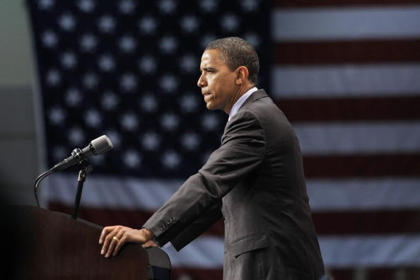 Profile View「Barack Obama Campaigns In Michigan」:写真・画像(14)[壁紙.com]