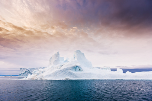 Ice Floe「Arctic Moody Sunrise Iceberg North West Greenland」:スマホ壁紙(0)