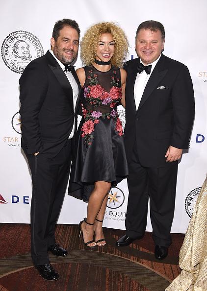 Bruce Bennett「Friars Club Honors Tony Bennett With The Entertainment Icon Award - Arrivals」:写真・画像(11)[壁紙.com]