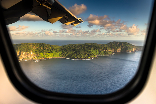 Atlantic Islands「Window with a view」:スマホ壁紙(1)