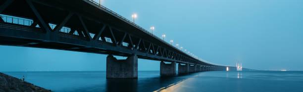 Oresund Bridge at Dusk:スマホ壁紙(壁紙.com)