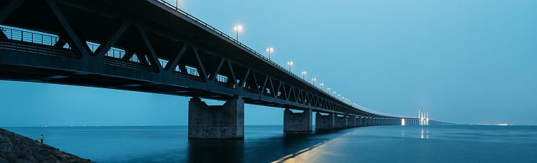 Freight Transportation「Oresund Bridge at Dusk」:スマホ壁紙(19)