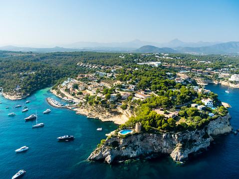 Motor Yacht「Spain, Mallorca, Palma de Mallorca, Aerial view, El Toro, Villas and yachts near Portals Vells」:スマホ壁紙(11)