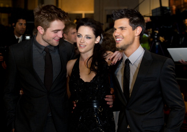 Twilight「The Twilight Saga: Breaking Dawn Part 1 - UK Premiere」:写真・画像(10)[壁紙.com]