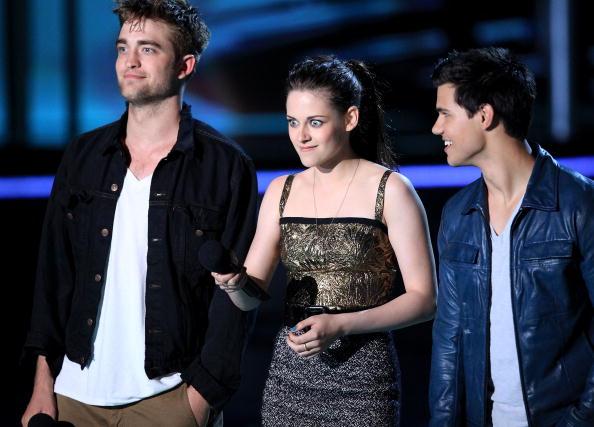 2010-2019「2010 MTV Movie Awards - Show」:写真・画像(10)[壁紙.com]