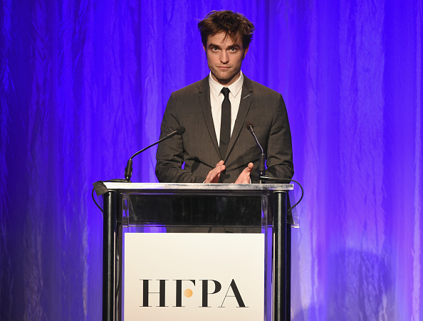 ロバート・パティンソン「Hollywood Foreign Press Association's Grants Banquet - Show」:写真・画像(10)[壁紙.com]