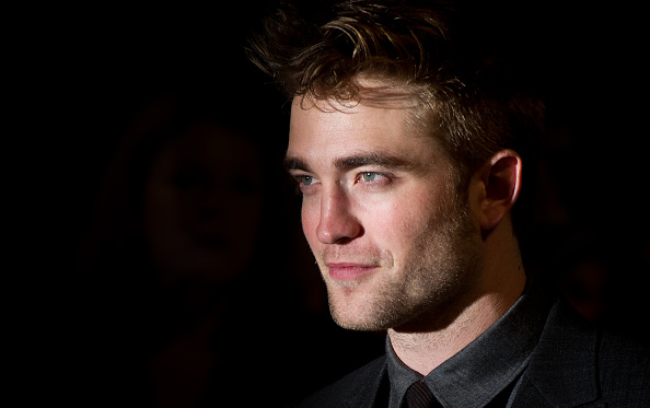Robert Pattinson「The Twilight Saga: Breaking Dawn Part 1 - UK Premiere」:写真・画像(10)[壁紙.com]