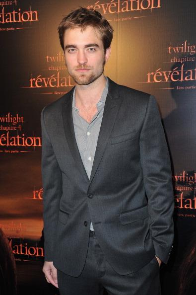 ロバート・パティンソン「'The Twilight Saga: Breaking Dawn - Part 2' - Paris Premiere」:写真・画像(14)[壁紙.com]