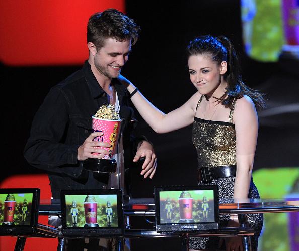 2010-2019「2010 MTV Movie Awards - Show」:写真・画像(8)[壁紙.com]