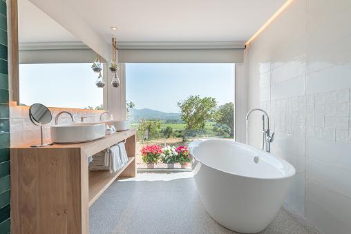 Toilet「Luxury hotel bathroom」:スマホ壁紙(9)