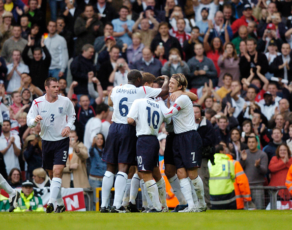 世界スポーツ選手権「England v Austria FIFA World Cup Europe group quleifier at Old Trafford 2005」:写真・画像(3)[壁紙.com]