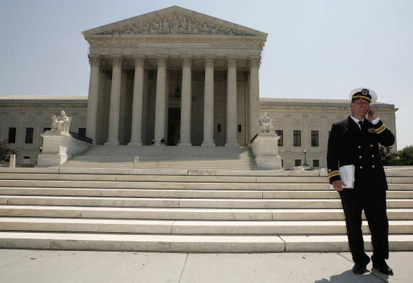 Joshua Roberts「Detainee Salim Ahmed Hamdan's Lawyer Discusses Tribunal Case」:写真・画像(4)[壁紙.com]