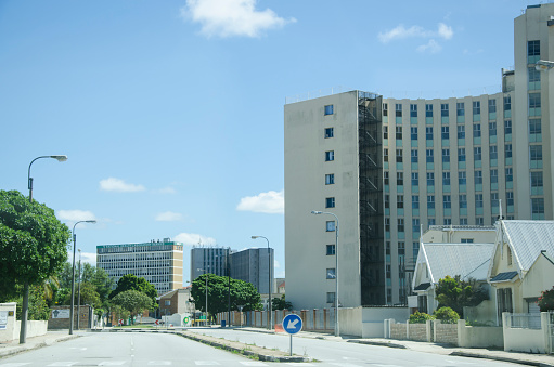 South Africa「Street view of residential high rise flats in Port Elizabeth, Eastern Cape, South Africa.」:スマホ壁紙(6)