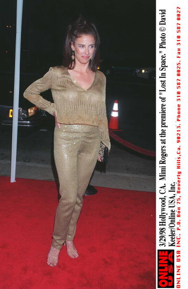 David Keeler「Mimi Rogers At The Premiere Of Lost In Space」:写真・画像(19)[壁紙.com]