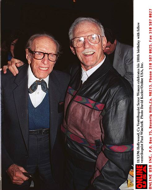 11/13/96 Hollywood, Ca Ventriloquist Senor Wences celebrates his 100th birthday with fellow ventrilo:ニュース(壁紙.com)