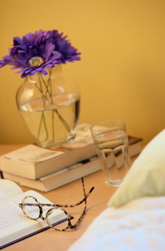 Dressing Table「Nightstand Items」:スマホ壁紙(5)