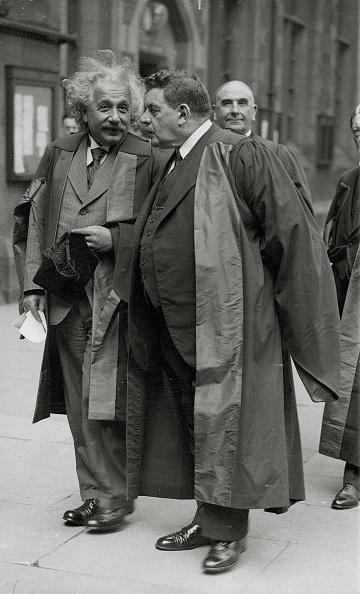 Mathematical Symbol「Albert Einstein and edouard Herriot」:写真・画像(13)[壁紙.com]