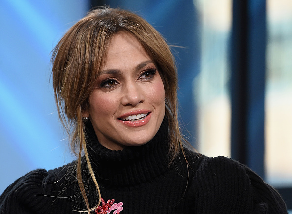 "Jennifer Lopez「Build Series Presents Jennifer Lopez And Ray Liotta Discussing ""Shades Of Blue""」:写真・画像(15)[壁紙.com]"