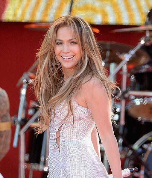 Jennifer Lopez「Jennifer Lopez Performs On ABC's 'Good Morning America'」:写真・画像(16)[壁紙.com]