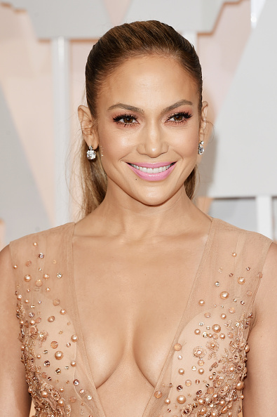 Jennifer Lopez「87th Annual Academy Awards - Arrivals」:写真・画像(15)[壁紙.com]