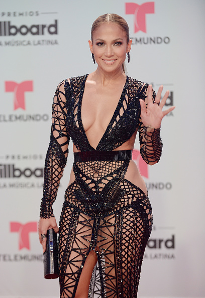 Jennifer Lopez「Billboard Latin Music Awards - Arrivals」:写真・画像(2)[壁紙.com]