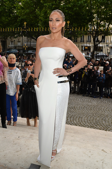 Strap「Versace : Front Row - Paris Fashion Week : Haute-Couture Fall/Winter 2014-2015」:写真・画像(14)[壁紙.com]