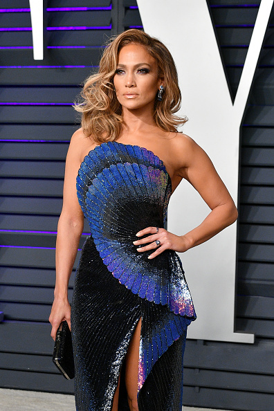 Blue「2019 Vanity Fair Oscar Party Hosted By Radhika Jones - Arrivals」:写真・画像(10)[壁紙.com]