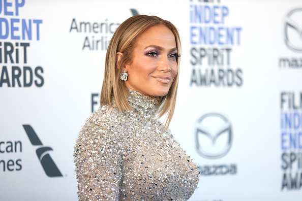 Jennifer Lopez「2020 Film Independent Spirit Awards  - Arrivals」:写真・画像(10)[壁紙.com]