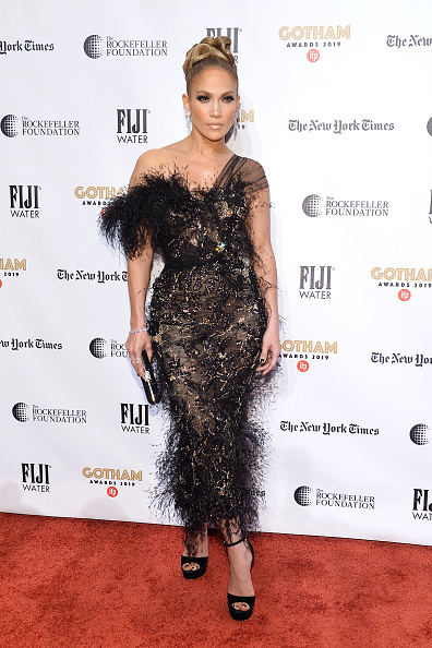 Ralph and Russo「FIJI Water At The 2019 IFP Gotham Awards」:写真・画像(5)[壁紙.com]