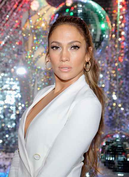 Jennifer Lopez「Giuseppe for Jennifer Lopez Launch at Neiman Marcus Beverly Hills」:写真・画像(4)[壁紙.com]