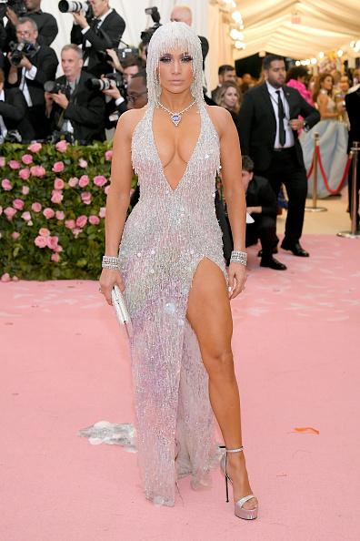 Glitter「The 2019 Met Gala Celebrating Camp: Notes on Fashion - Arrivals」:写真・画像(7)[壁紙.com]