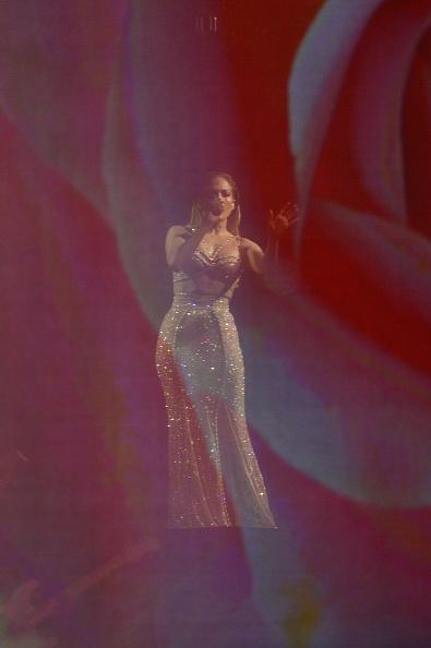 Sequin Skirt「2015 Billboard Latin Music Awards - Show」:写真・画像(5)[壁紙.com]