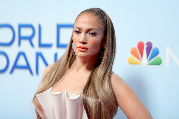 Jennifer Lopez「Photo Op For NBC's 'World Of Dance' - Arrivals」:写真・画像(5)[壁紙.com]