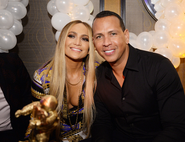 Jennifer Lopez「Jennifer Lopez's MTV VMA's Vanguard Award Celebration At Beauty & Essex In NY」:写真・画像(1)[壁紙.com]