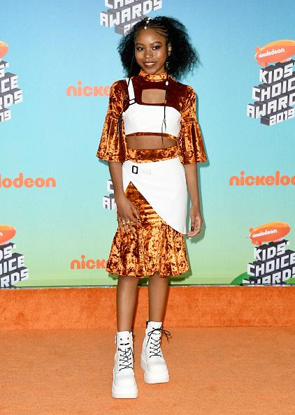 靴「Nickelodeon's 2019 Kids' Choice Awards - Arrivals」:写真・画像(18)[壁紙.com]