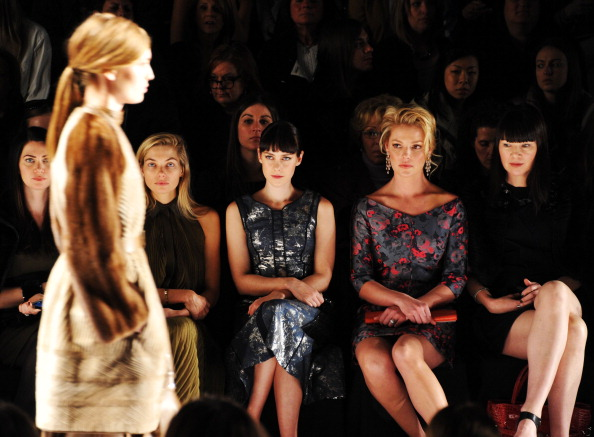 Katherine Heigl「J. Mendel - Front Row - Fall 2013 Mercedes-Benz Fashion Week」:写真・画像(19)[壁紙.com]