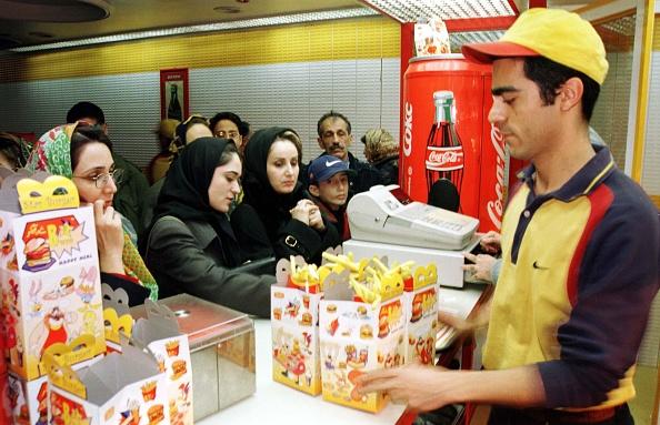 Fast Food「Star Burger Clientele」:写真・画像(1)[壁紙.com]