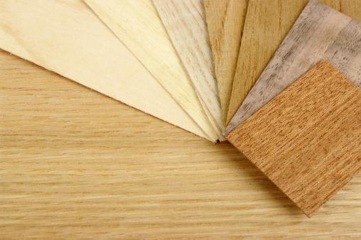 セイヨウカジカエデ「小さなさまざまな木目の化粧張りのオーク材の背景」:スマホ壁紙(6)