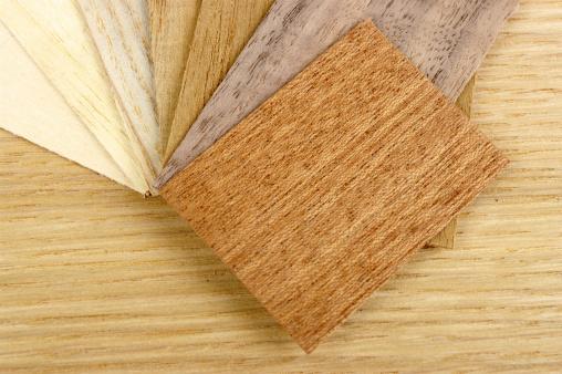 セイヨウカジカエデ「小さなさまざまな木目の化粧張りのオーク材の背景」:スマホ壁紙(5)