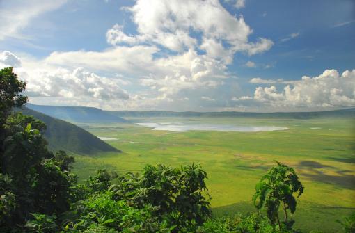 Ngorongoro Crater「The Ngorongoro Crater Conservation Area in Tanzania」:スマホ壁紙(2)