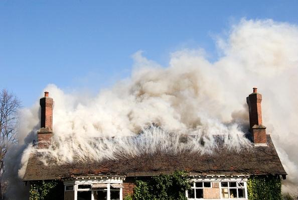 Detached House「House on fire」:写真・画像(10)[壁紙.com]