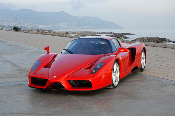 南国「2003 Ferrari Enzo」:写真・画像(4)[壁紙.com]