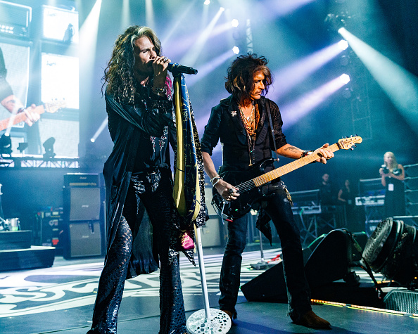 グラミー賞「Steven Tyler's 2nd Annual GRAMMY Awards Viewing Party To Benefit Janie's Fund Presented By Live Nation - Inside」:写真・画像(4)[壁紙.com]